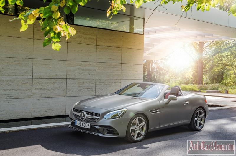 2017-Mercedes-Benz-SLC-class-foto-12