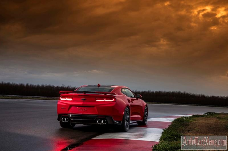 2017-chevy-camaro-zl1-photo-10
