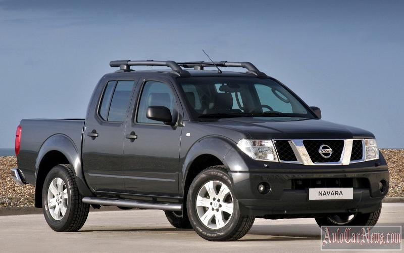2010_nissan_navara_pickup_photo-06
