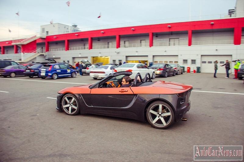 na-dorogax-kryma-testiruetsya-new-roadster-photo-05