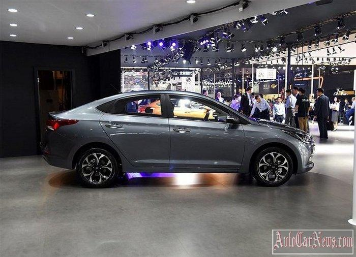 2017-hyundai-verna-at-the-auto-china-photos-07