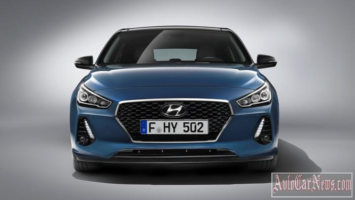 2017_hyundai_i30_new_photo-07